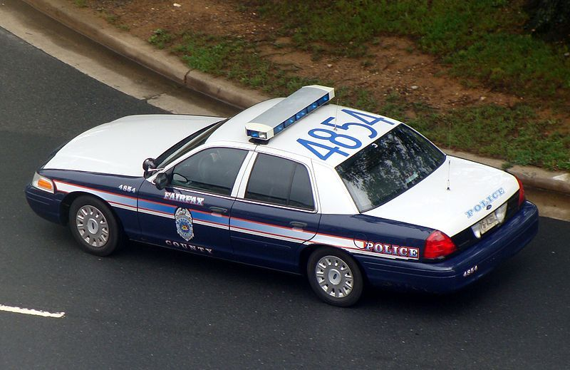 Fairfax County Police Car Ford Crown Victoria Police Interceptor Wikipedia Police Car Pictures Victoria Police Police