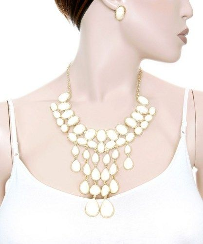 White faceted drops trimmed in gold necklace set | Jewelry4theheart - Jewelry on ArtFire