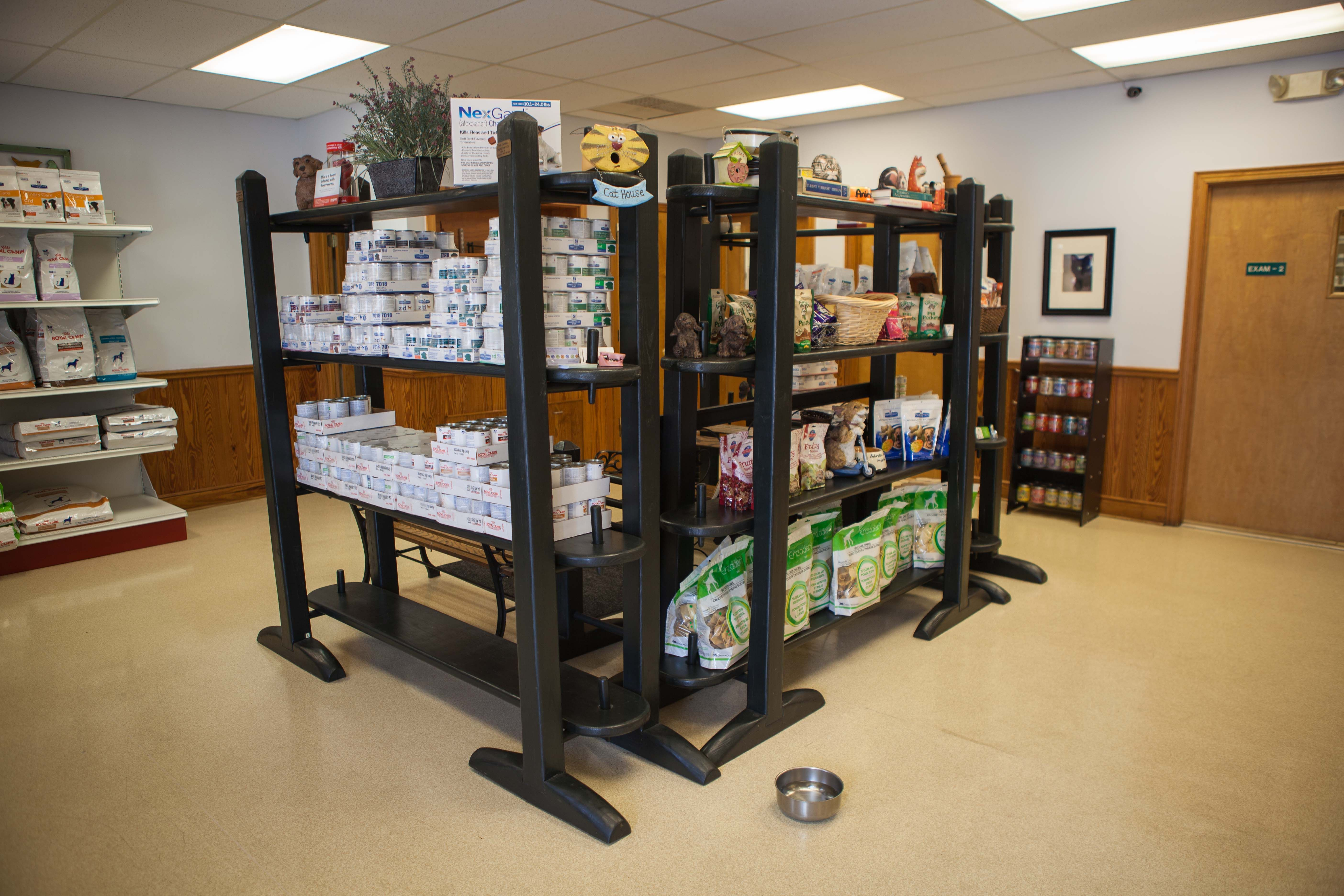 Palmetto Animal Hospital's lobby is well-stocked with all kinds of pet products, including a variety of pet food options. If you need to re-stock your cabinet between visits, you can have food, dietary supplements, and prescription medicine delivered to your doorstep through our online store, found on our website.