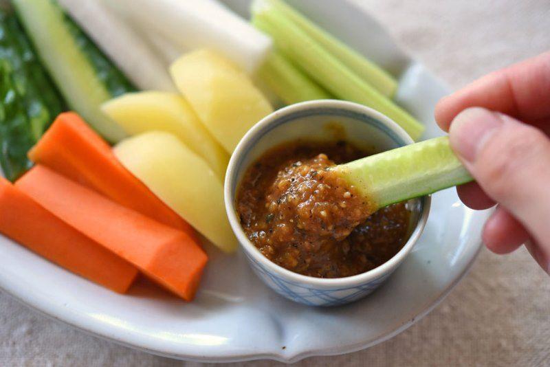 野菜スティックサラダの作り方と簡単ディップソースレシピ 白ごはん