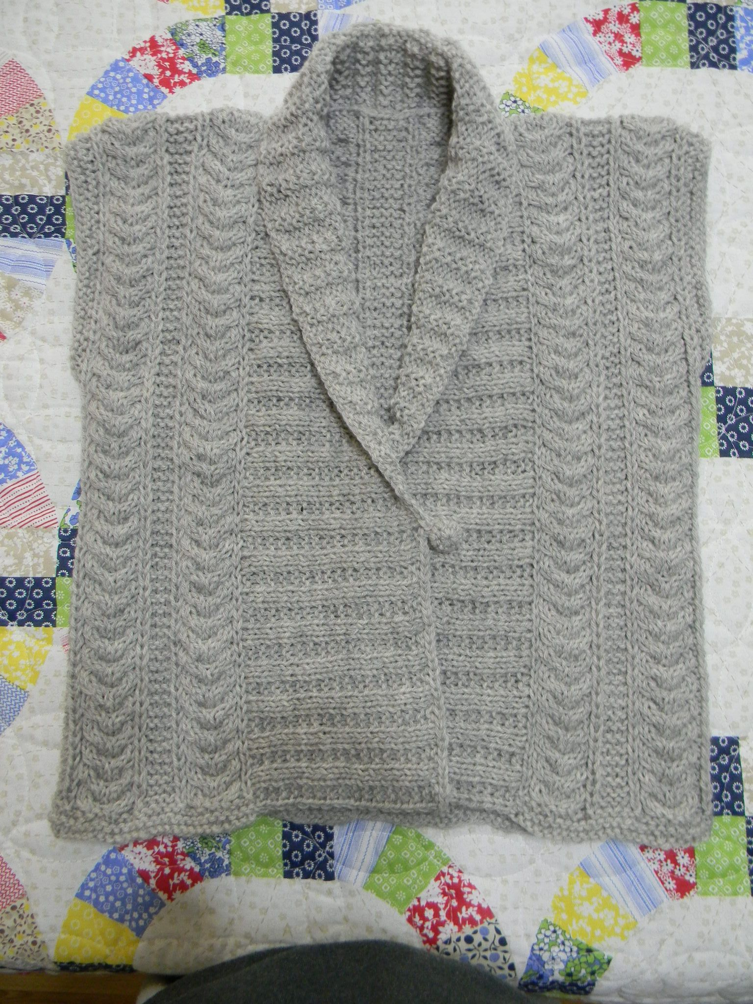 Just finished Eco Vest (hasn\'t been blocked yet) in 100% wool. Free ...