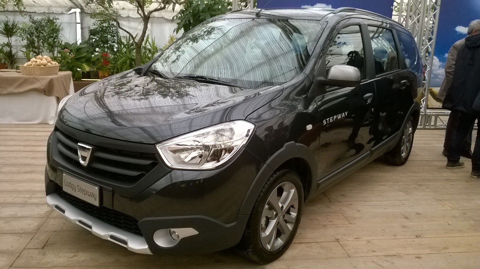dacia lodgy stepway bike pictures