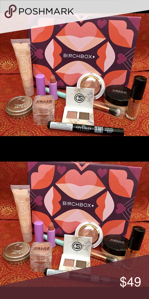 "Birchbox Makeup Goodie Box This box contains more than two months worth of products from birch box. You get a naked cosmetics banana finishing powder, a tarte ""tarteist"" lip paint, A birthday suit lip lush, an eyeko skinny liquid eyeliner in black, A naked shimmer eyeshadow in desert sunset, A cargo water resistant bronzer, A Pacifica blush in wild Rose, A coastal scents smoky eyeshadow sampler, A LAQA lip butter in peachy nude sample size, and and Elizabeth Mott blending brush. All items…"