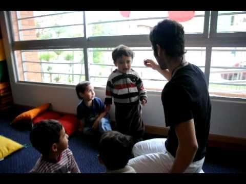 Clase de Yoga Infantil por Federico Gonzalez **Tona la Arana**