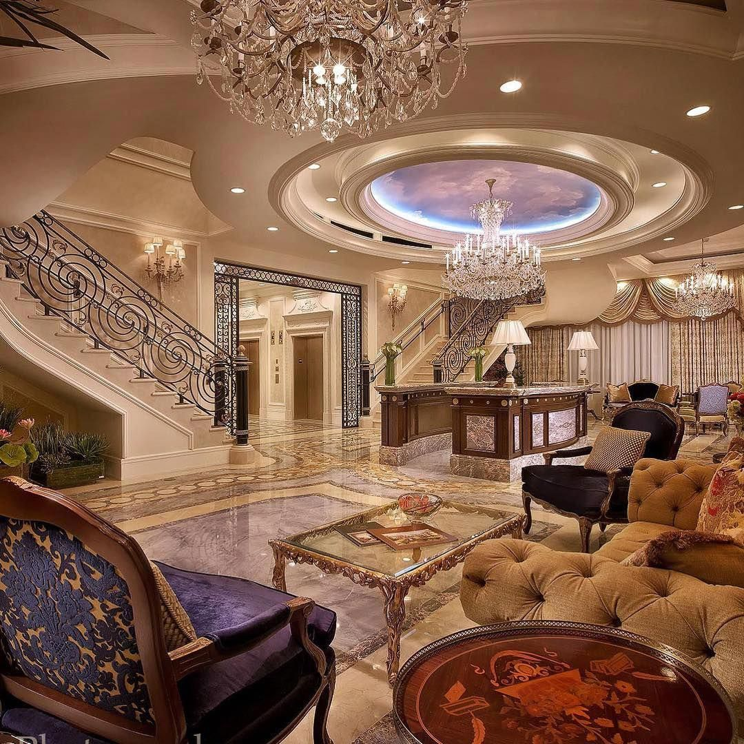 Delightful Diy Home Decor Excellent And Cozy Styling Decor Arrangements And Tips For Extra Luxury Mansions Interior Luxury Homes Ceiling Design Living Room
