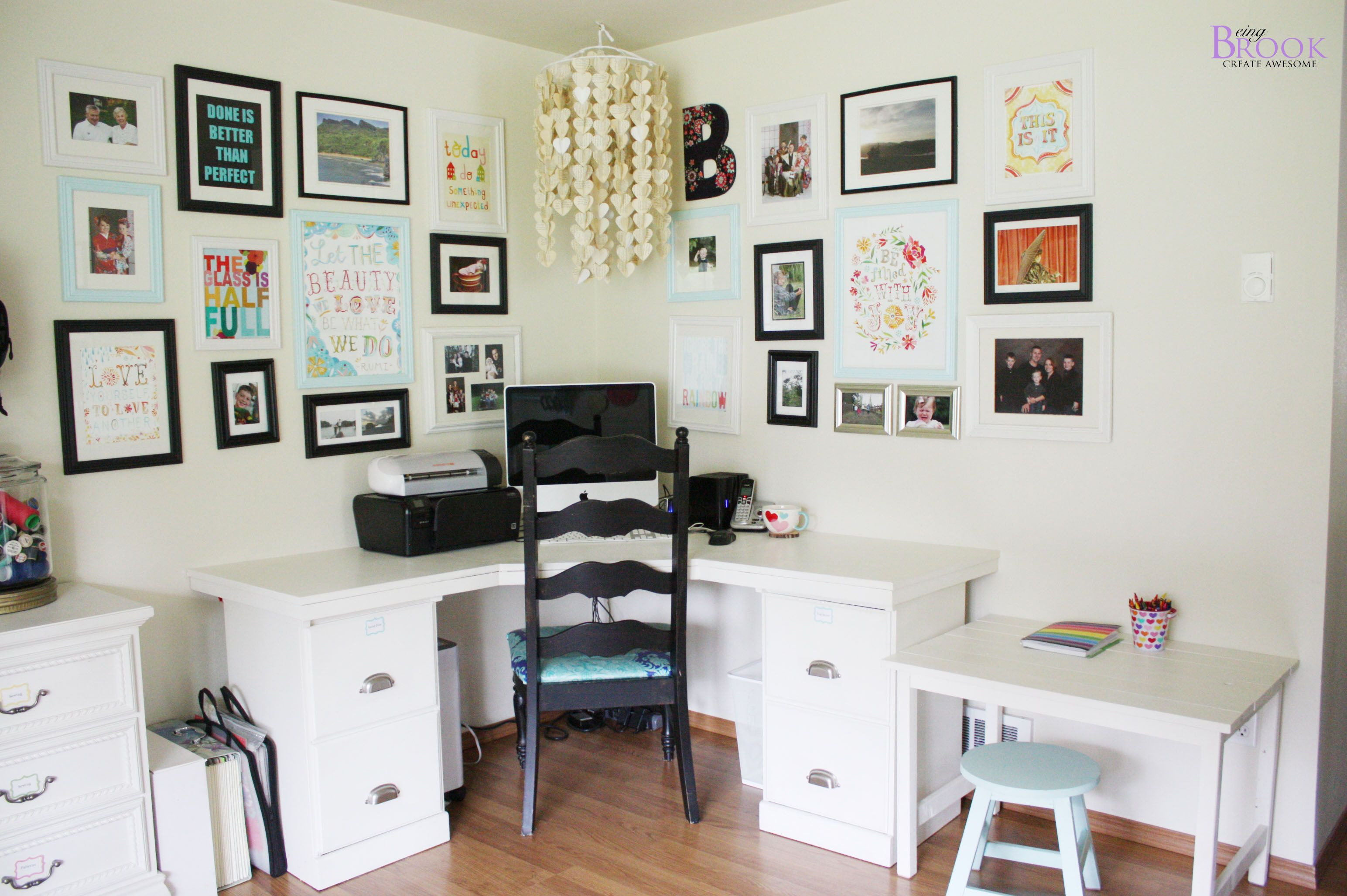 Great craft room layout house diy pinterest bureau déco salon