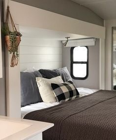 47 How To Make Best Bedroom For RV Living - Homiku.com #rvliving