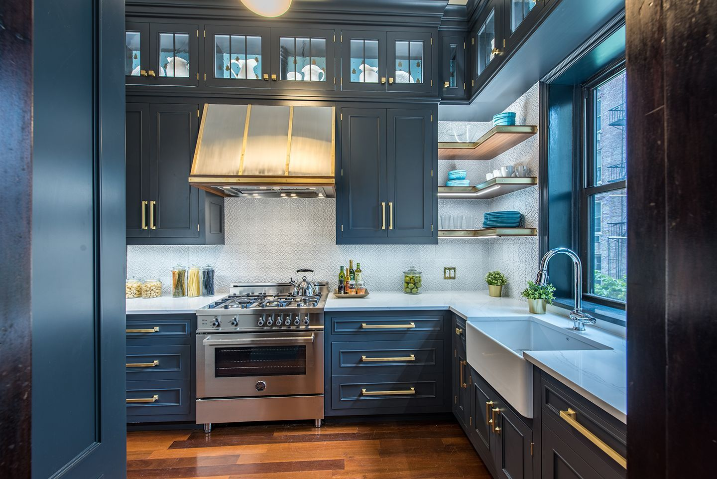 Inside the Brooklyn Heights Designer Showhouse | Parlour, Kitchens ...