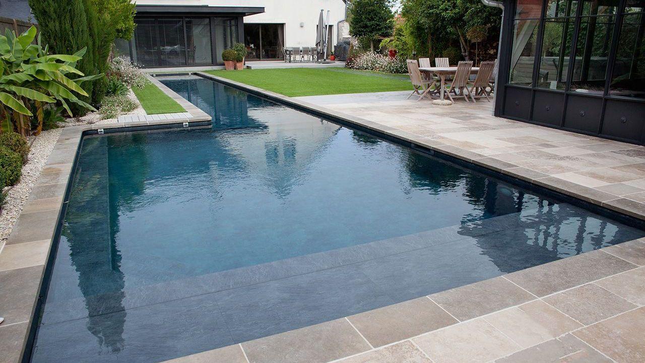 le couloir de nage par l esprit piscine 22 x 4 5 2 25 m fond plat de 1 10 m et 1 50 m photo. Black Bedroom Furniture Sets. Home Design Ideas