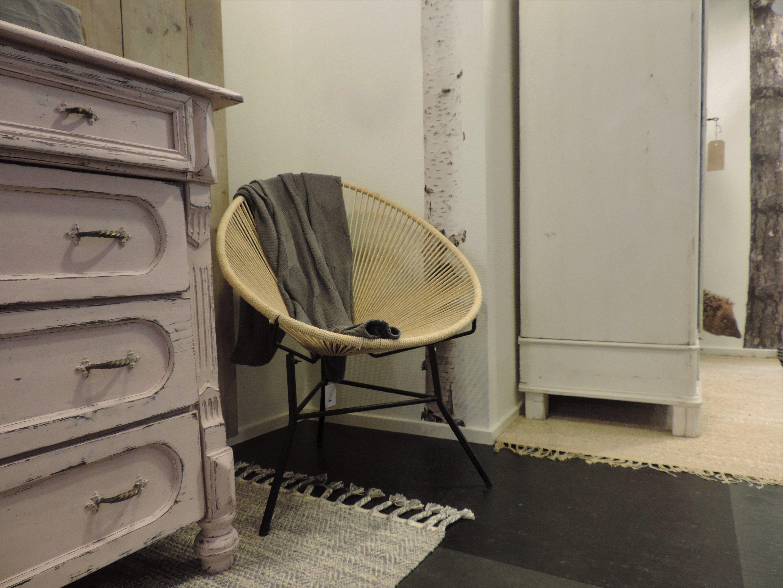 Stoel In Babykamer : Unieke rotan stoel heerlijk relaxen in de babykamer