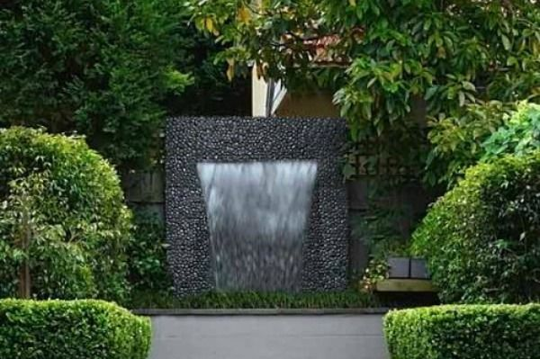 small outdoor fountain images | The hottest water features for your ...
