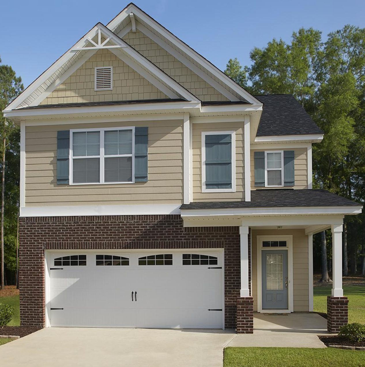 The Charleston Floor Plan Offers 4 Bedrooms 2 5 Bathrooms Into A Two Story House Newhome Newhomeconstruc New Home Builders New Home Construction New Homes