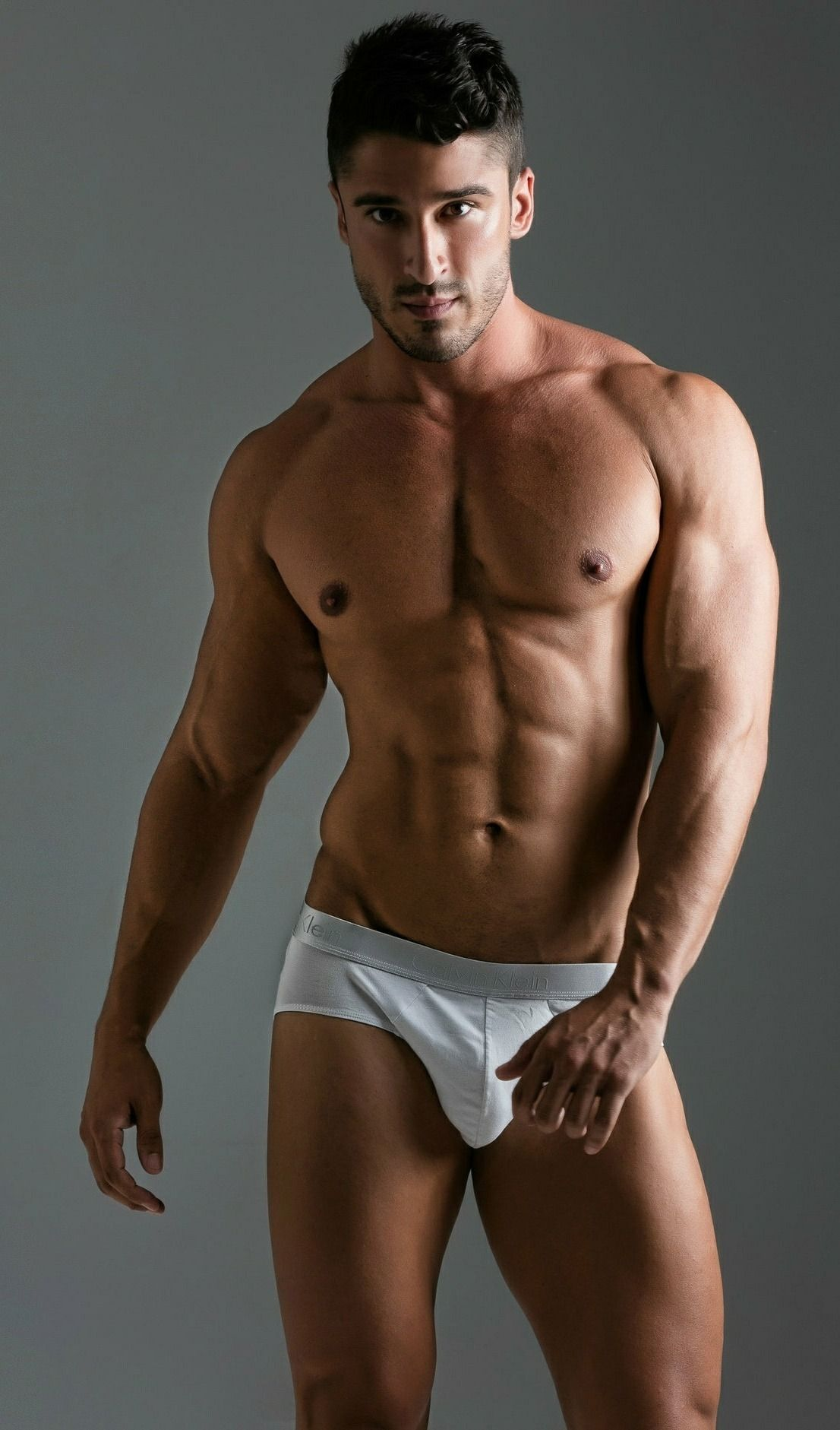 Hot Nude Muscle Hunk Men Pic