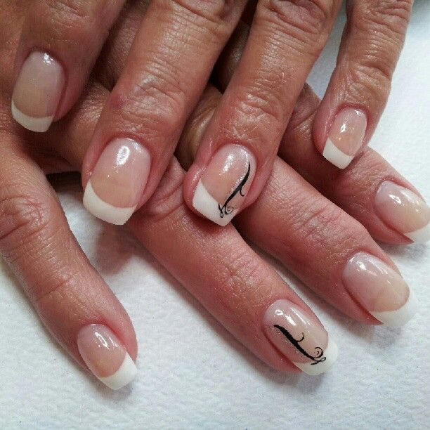 Simple Sparkly Nail Designs