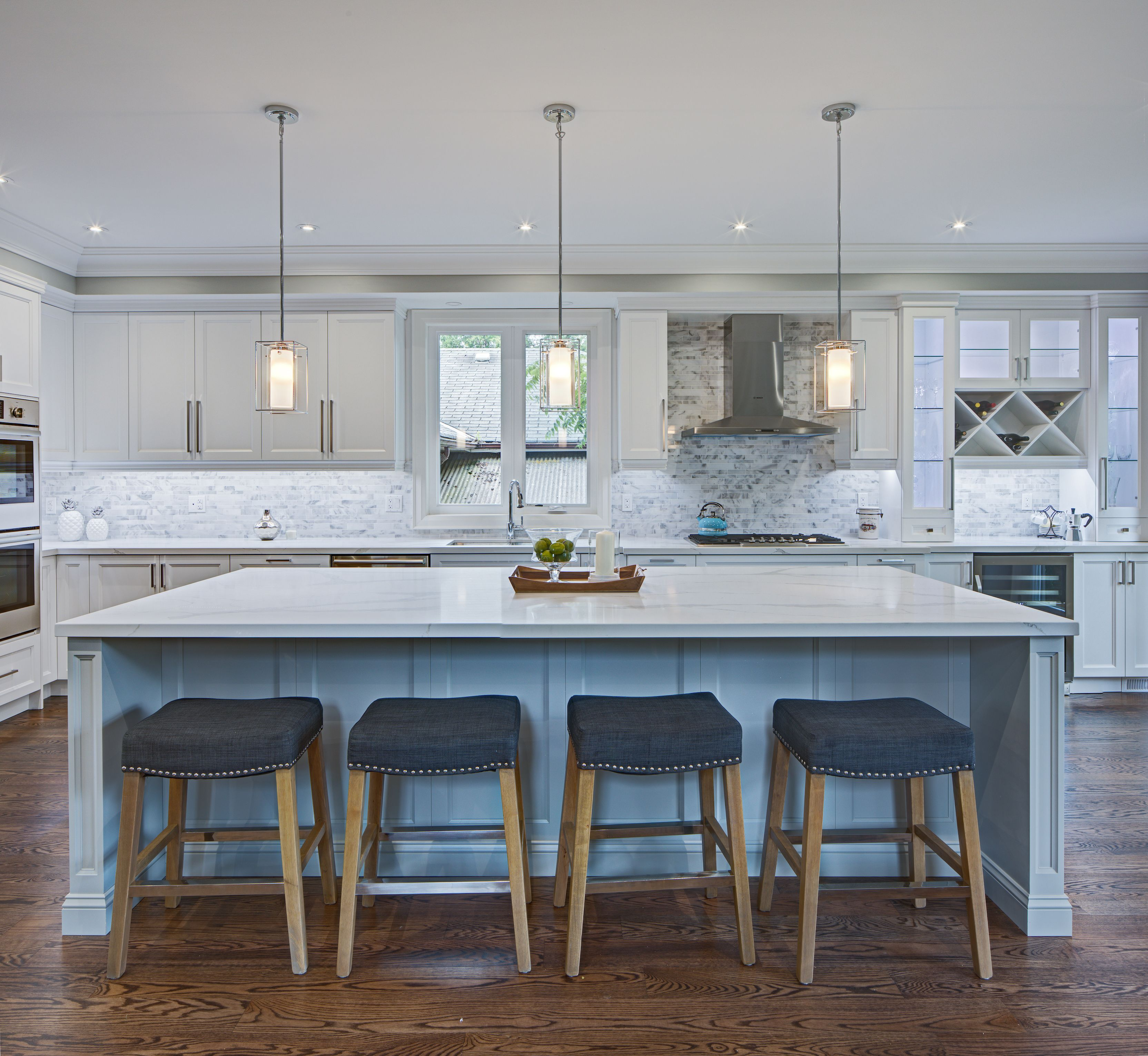 Pin by Lucvaa Kitchens on Traditional Kitchens by Lucvaa Kitchens ...