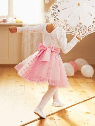 tutu sternen collier ballerina kind kost me. Black Bedroom Furniture Sets. Home Design Ideas