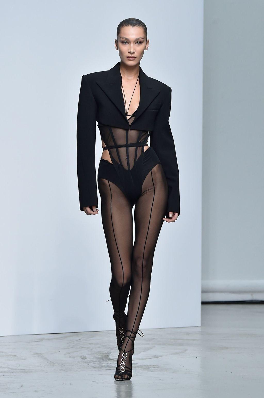 Defile Thierry Mugler Printemps Ete 2020 Fashion Custom Fashion Runway Outfits