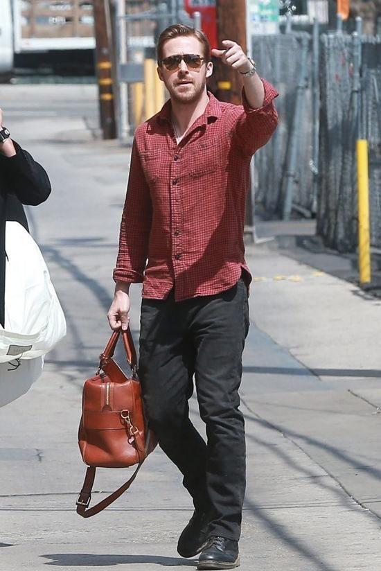 8d06b27c9a487 Ryan Gosling wearing Levi s 511 Slim Fit Jeans in Nightshine