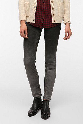 Levi's Low-Rise Twist Skinny Jean