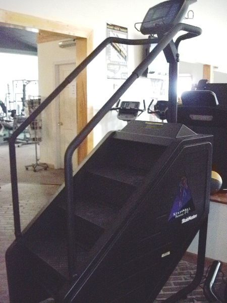 Stairmaster stepmill 7000pt products stairmaster at home gym gym
