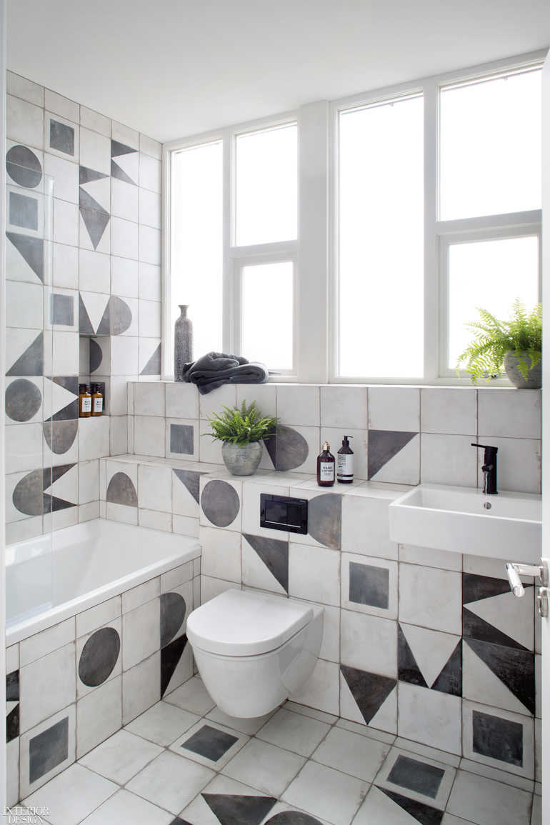 Design Megillah Bathroom Redesign For Under 200: Kingston Lafferty Design Transforms A 200-Year-Old Dublin