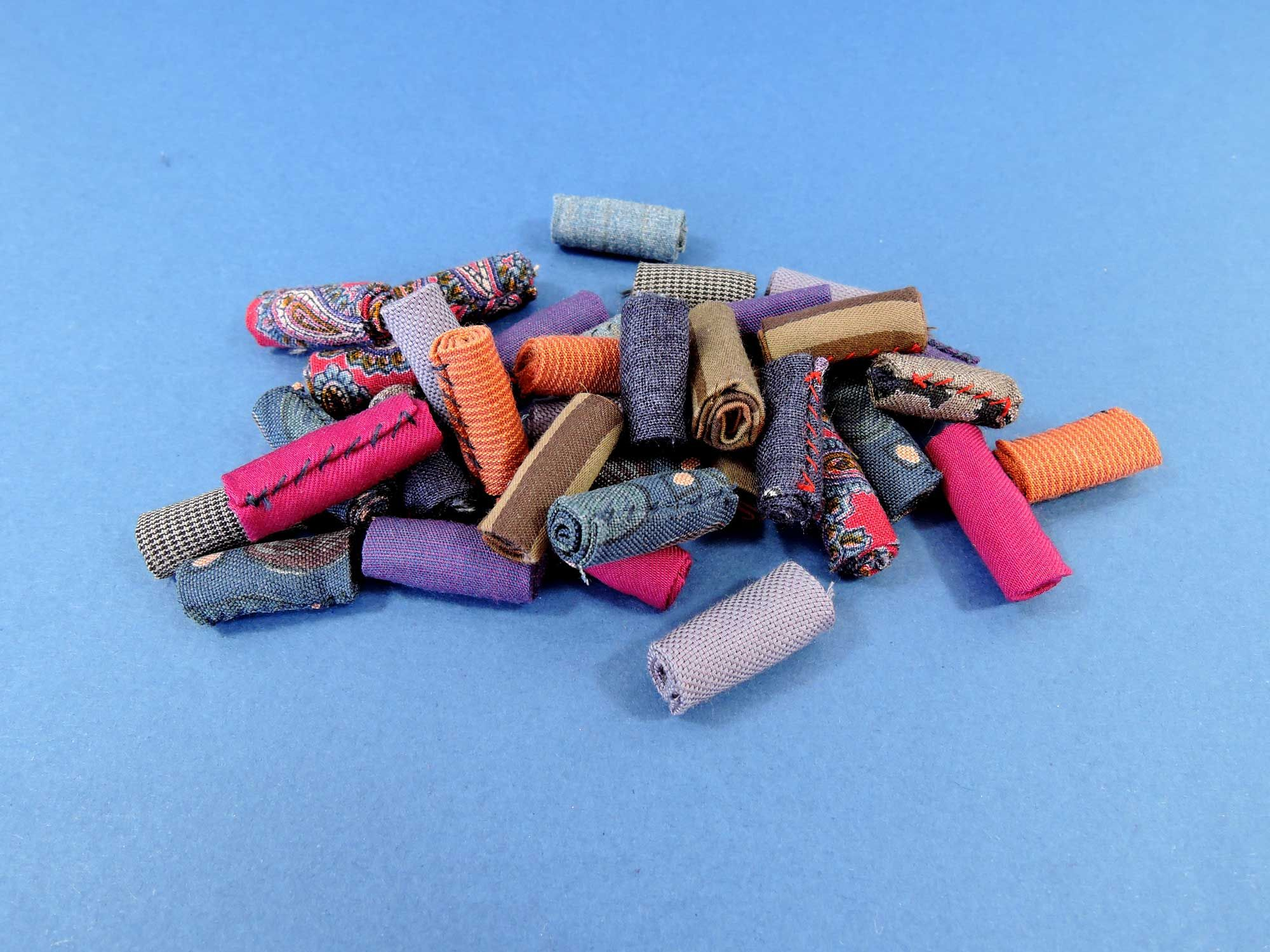 Fabric Beads, textile beads, beads handmade, beads sewing, beads to etsy, cool fabric beads. This is handmade beads made of materials. Recyclable materials can be used.
