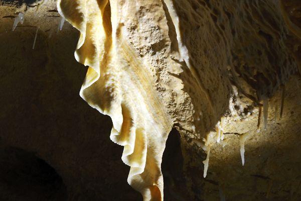 Grotte De Tourtoirac Grottes Et Gouffres Dordogne Perigord Tourtoirac Grotte Perigord
