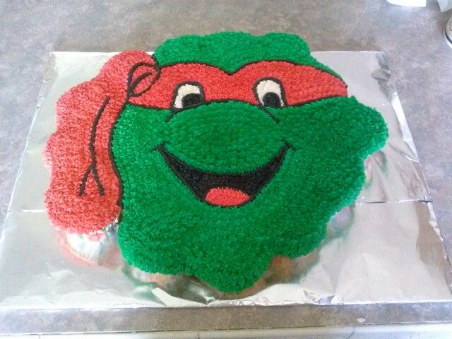 Ninja turtle cupcake cake Vals Cakes Pinterest Ninja turtle