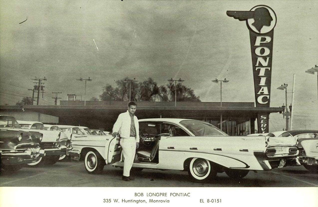 Concessionnaire Pontiac Source Vintage Automobile Dealerships And Automobilia Voitures Anciennes Epave Voiture Voiture Americaine