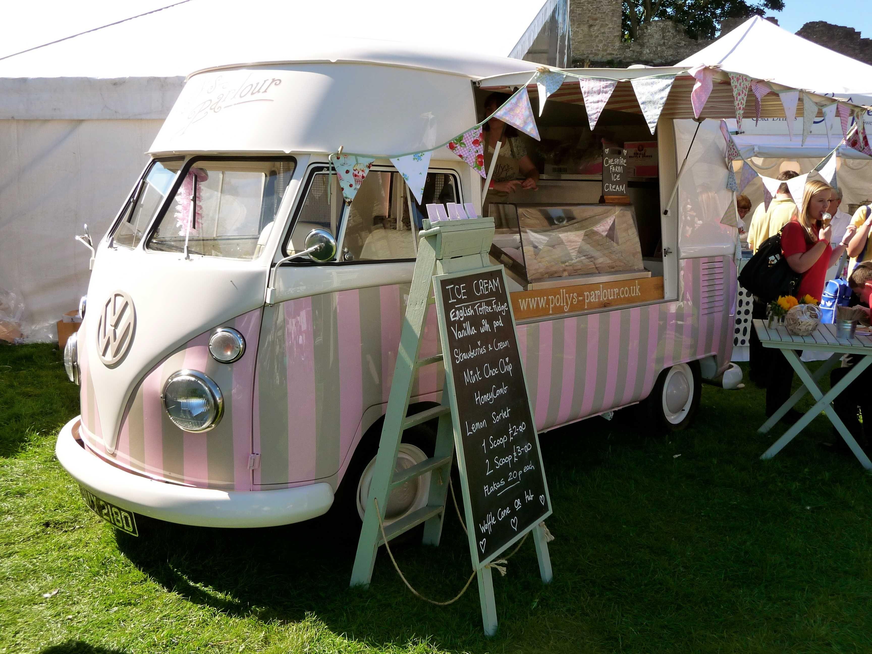 our vintage vw ice cream van 39 florence 39 food truck food trucks caravane et glacier. Black Bedroom Furniture Sets. Home Design Ideas