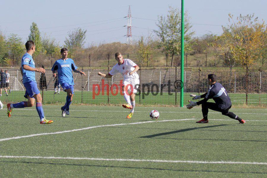 on SPORT B  http://sportb.ro/social-gallery/ja-dinamo-juventus-5-0-15