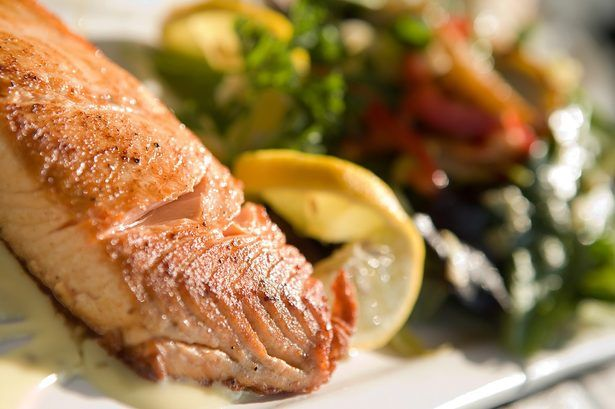4 Fast And Delicious Dorm Room Recipes Cooking Salmon Cook Frozen Salmon Frozen Salmon