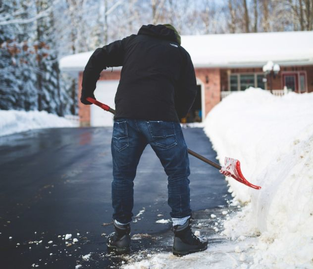 Clearing snow helps prevent people from getting any injuries due to slipping off on wet snow. It also prevents car accidents. One should remove only as much snow as you're comfortable lifting.  #snowremovalservices #snowremoval #guidetosnow #guide_to_snow_removal_services