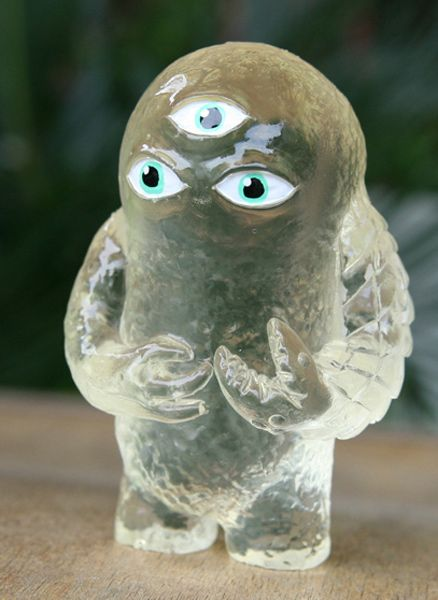 Young Grobold | We Kill You!    Hand made resin toy  http://www.wekillyou.net