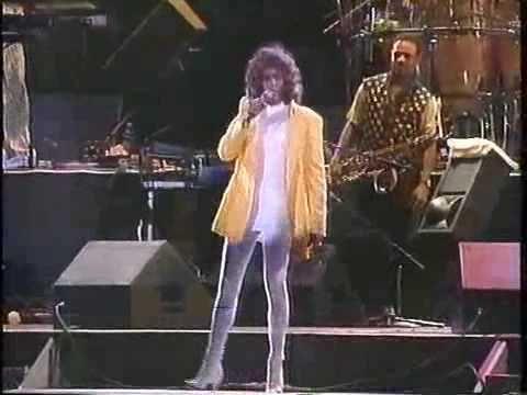 Whitney Houston You Make Me Feel Like A Natural Woman Hq