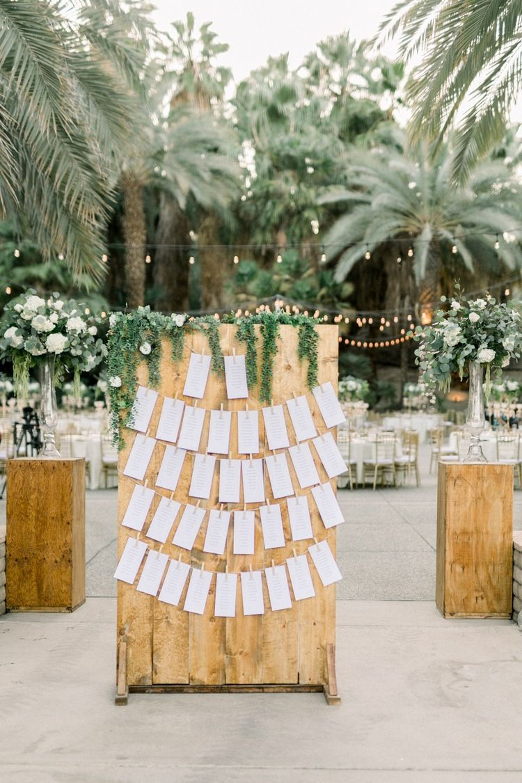 Clarissa And Christian Living Desert Palm Springs Wedding In 2020 Palm Springs Wedding Romantic Wedding Venue Small Wedding Locations