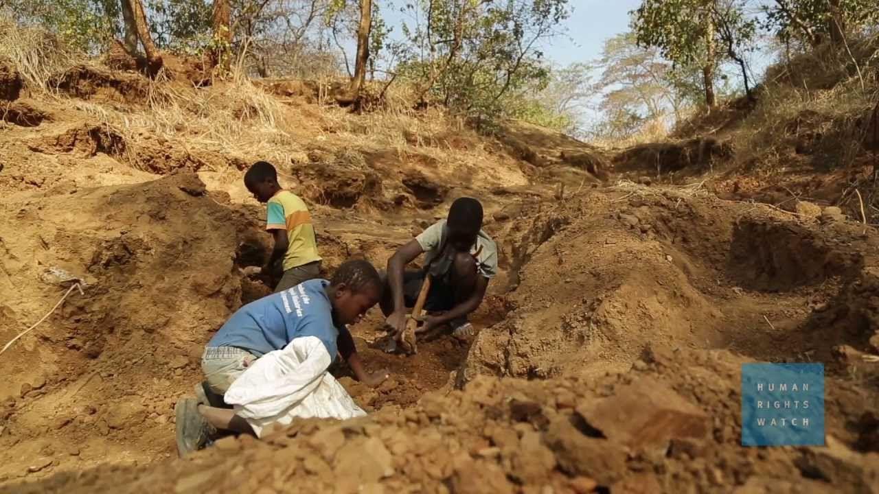 Tanzania: La peligrosa vida de los niños mineros de oro