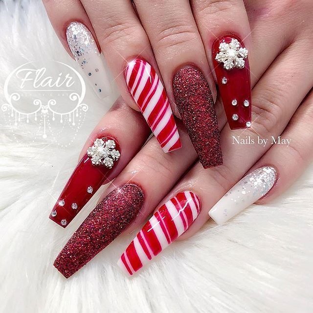 Christmas Nails Designs Coffin: Pin By Dip Into Pretty On Christmas Nails
