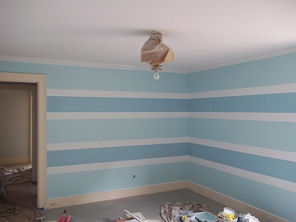 Painting Horizontal Stripe Pattern On Walls Everything I Create Paint Garage Doors To Lo Painting Horizontal Stripes Striped Walls Horizontal Striped Walls