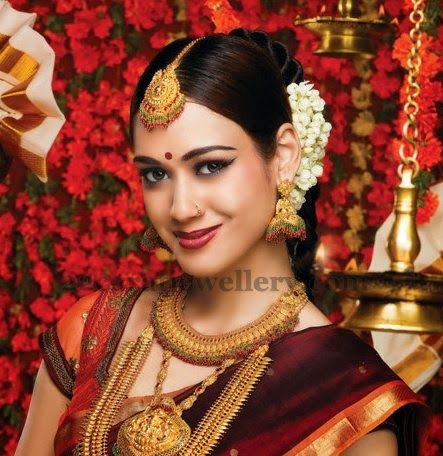 Jewellery Designs: Huge Temple Jewellery Sets