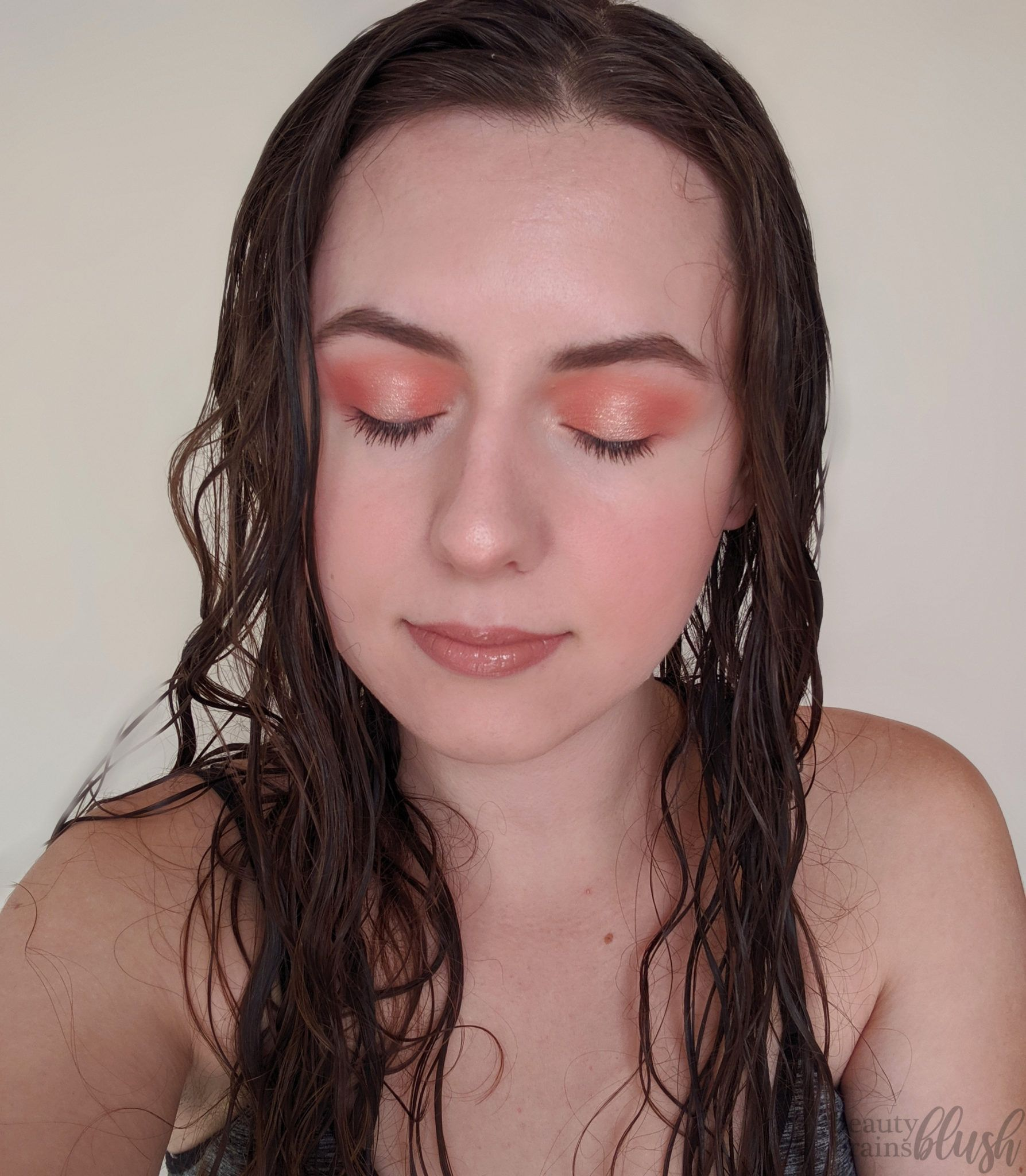 Soft Peach Halo Eyeshadow Colourpop ultra glossy lip