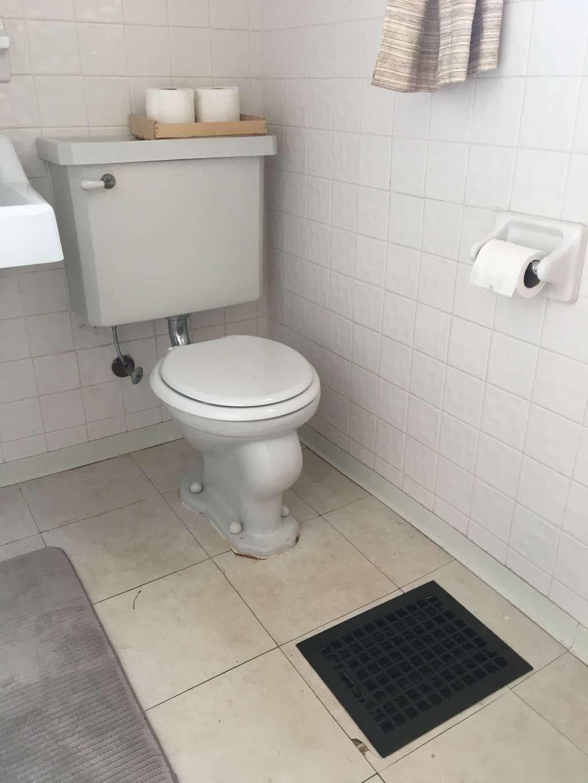 This 50 Temporary Flooring Floats Right Over Rental Bathroom Tile Home Decor Rental Bathroom Bathroom Bathroom Floor Coverings