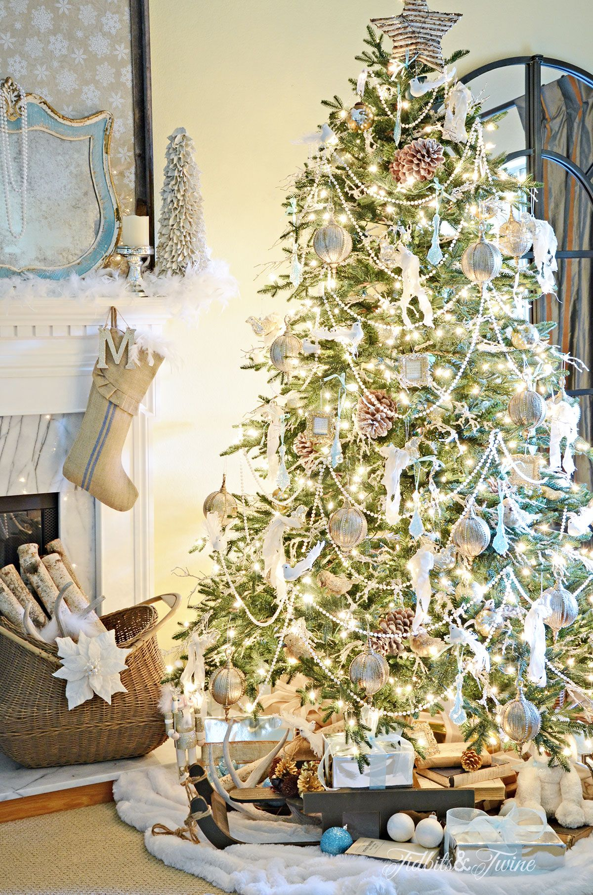 Tips for Decorating a Christmas Tree | Christmas trees | Pinterest ...
