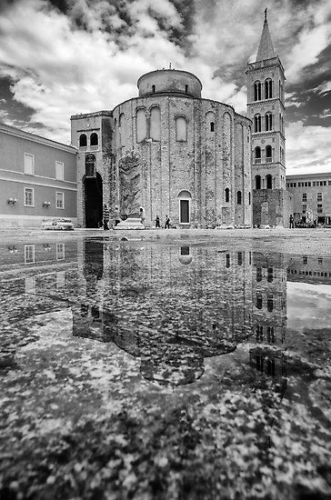 Church Of St Donat With Bell Tower Of St Anastasia Cathedral In Reflection After The Rain City Of Zadar Croat Visiting Greece Visit Croatia Croatia Travel