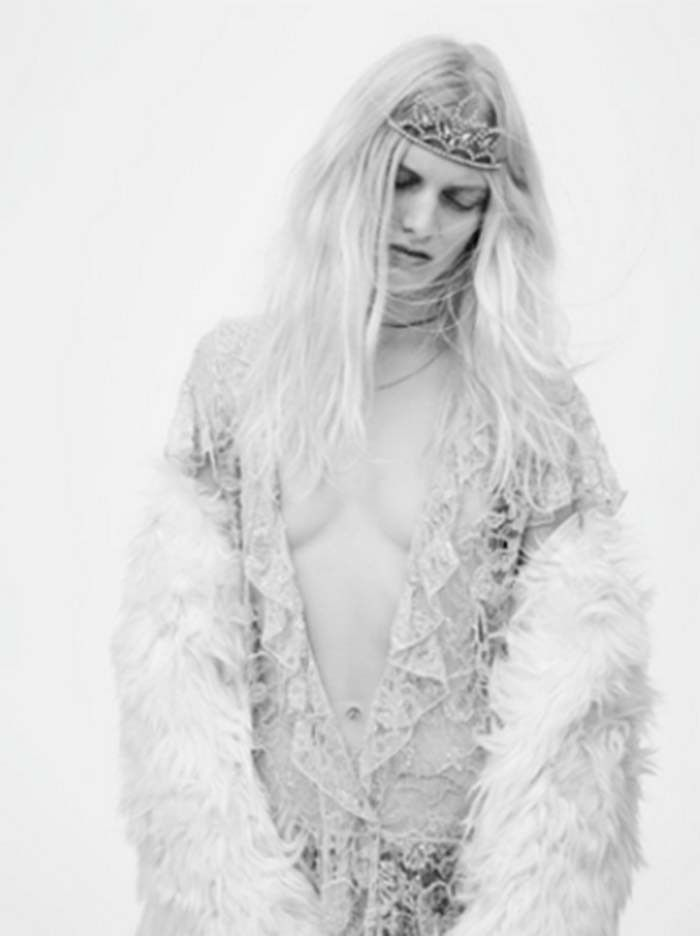 4fa90b03b14 Tiaras and Grunge Reign in Saint Laurent's Spring/Summer 2016 Campaign via  @WhoWhatWear
