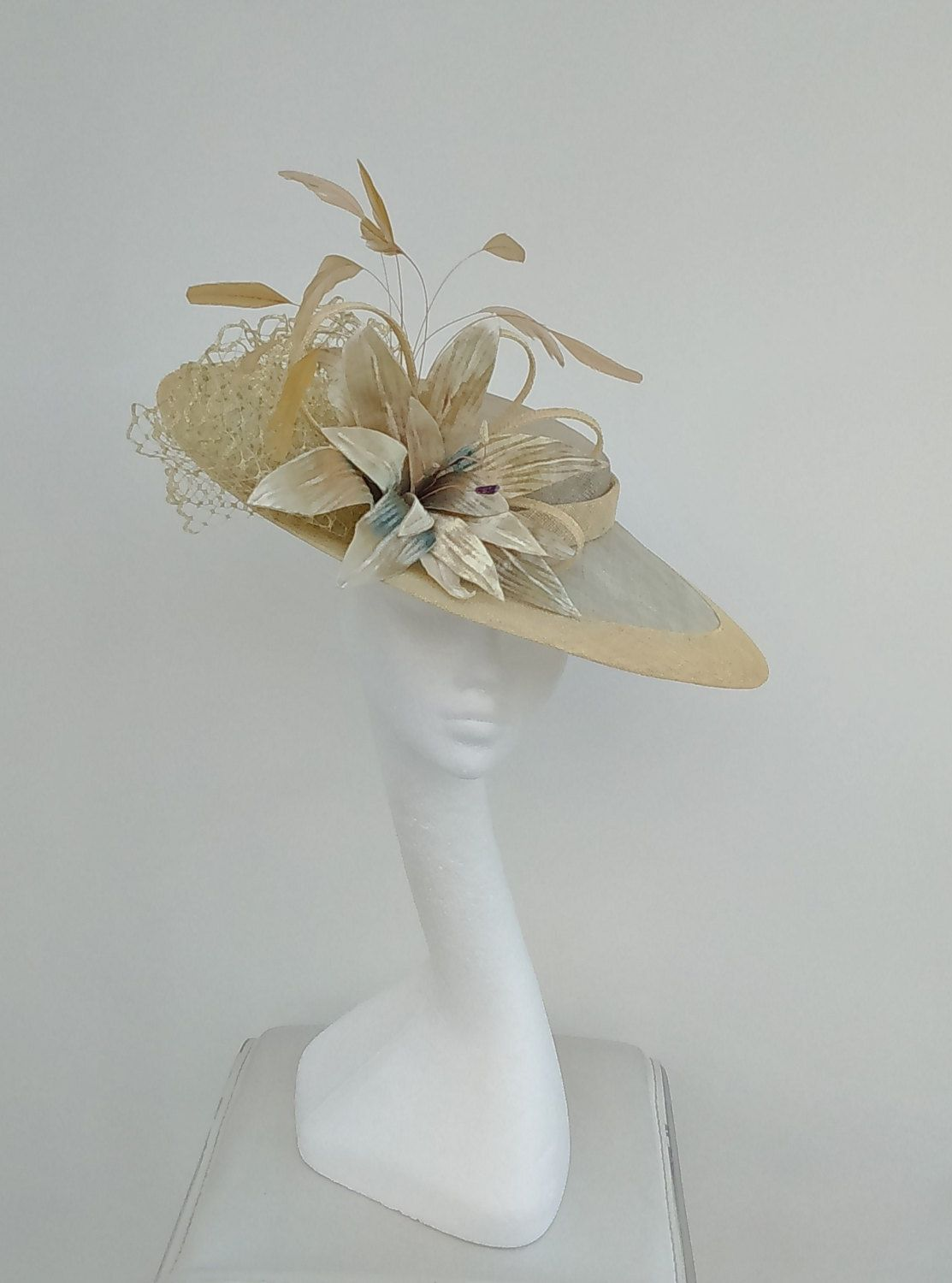 Elegant Fascinator for Weddings, Kentucky Derby, Racing Fashion, Mother of the Bride by JayneAlisonMillinery on Etsy