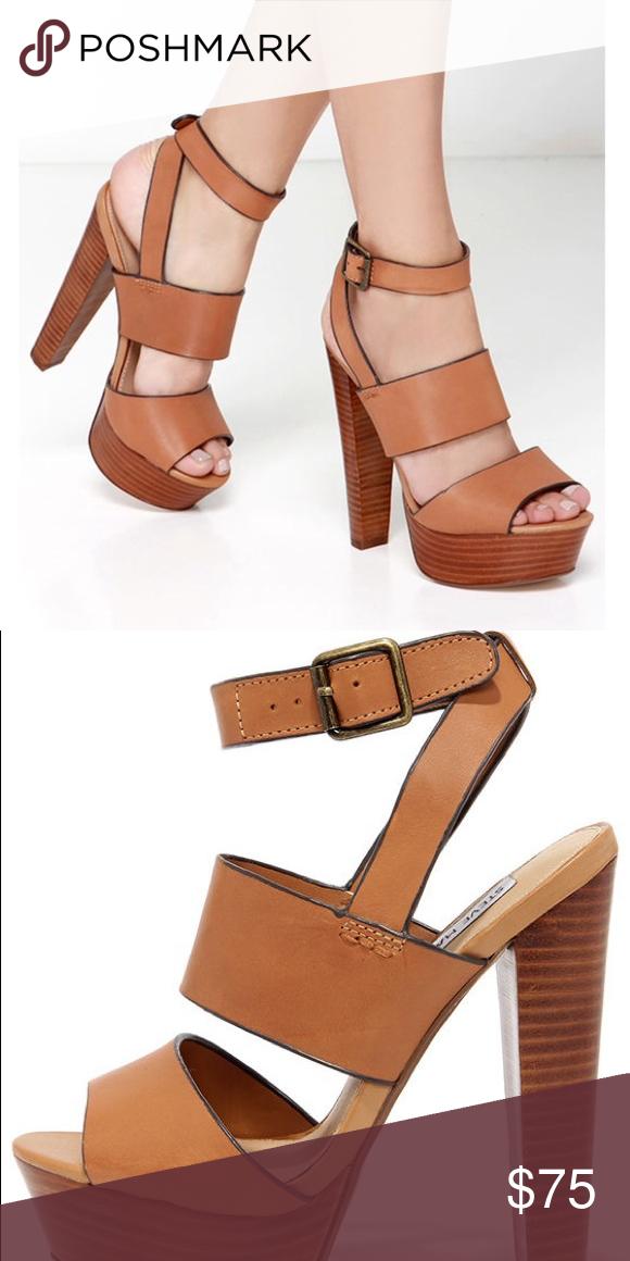 0eae0a8ecf7 Steve Madden Dezzzy Sandal Size 9