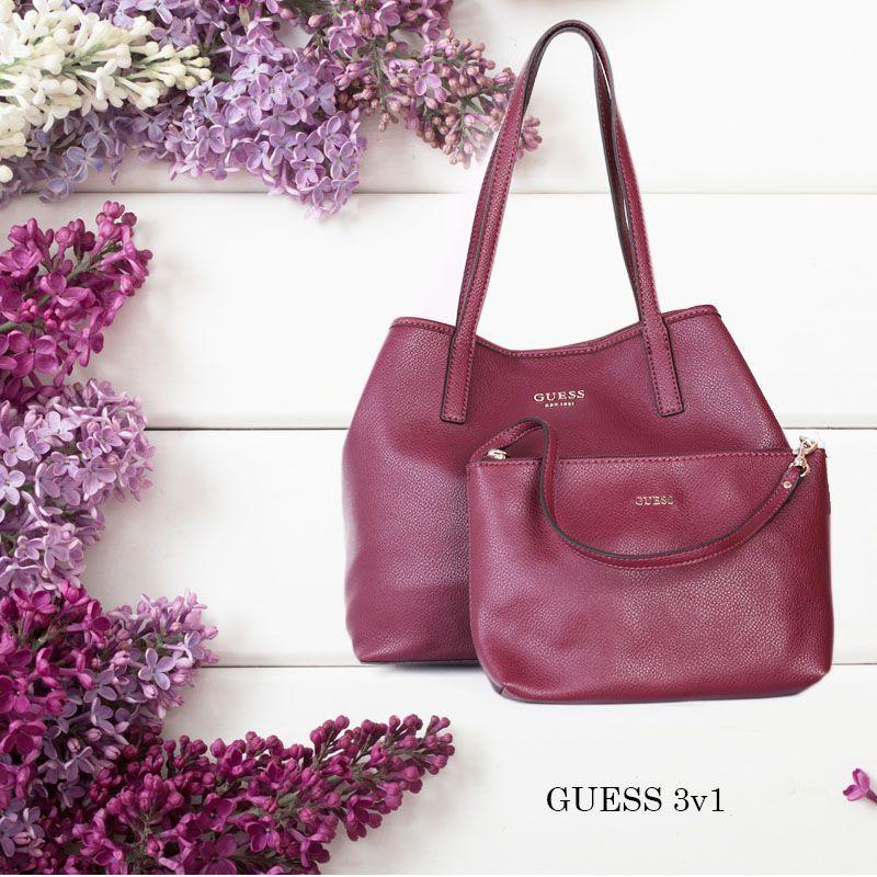 d925a63e0 Kvalitní značkové kabelky Guess nová podzimní kolekce.   Modely ...