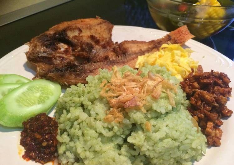 Resep Nasi Uduk Hijau Pandan Rice Cooker Oleh Naidasinna Resep Makan Siang Resep Nasi