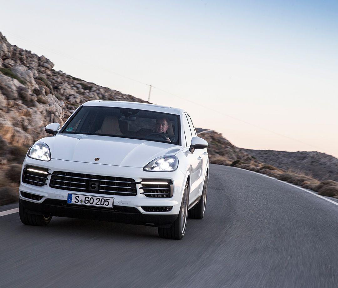 2021 Porsche Macan Interior In 2020 New Porsche Porsche Porsche Suv